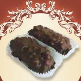 Brownie z kajmakiem i solonymi orzechami